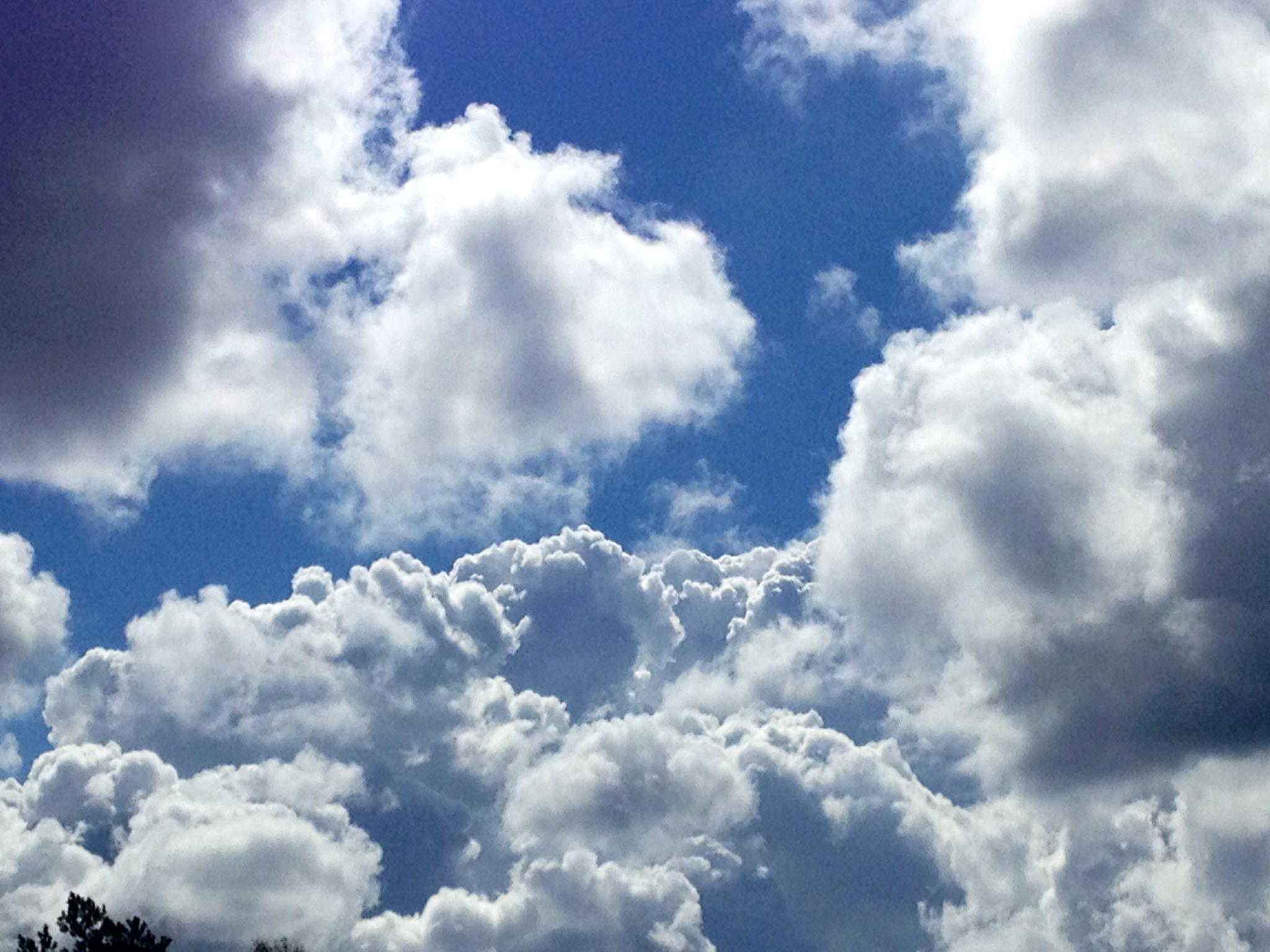 .. Men bakom molnen är himlen alltid blå!